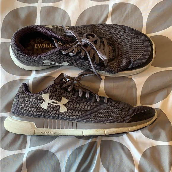 under armor tennis shoes womens